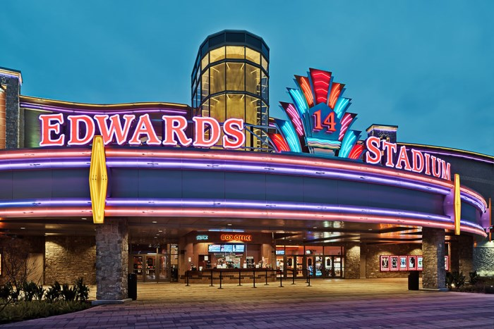 Get Edwards West Oaks Mall Stadium 14 & RPX showtimes and tickets, theater information, amenities, driving directions and more at mtl999.ga